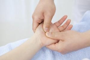 手汗 抑える 方法